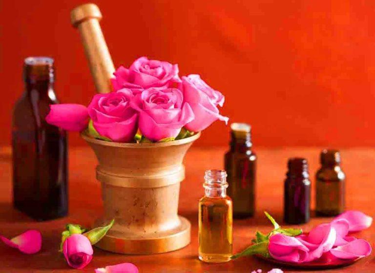 فوائد زيت الورد للجسم والبشرة وطرق أستخدامة