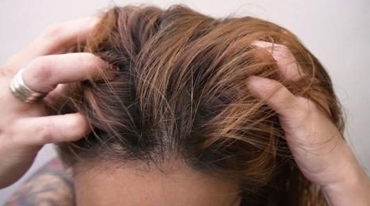 أفضل زيت لتنعيم الشعر مجرب