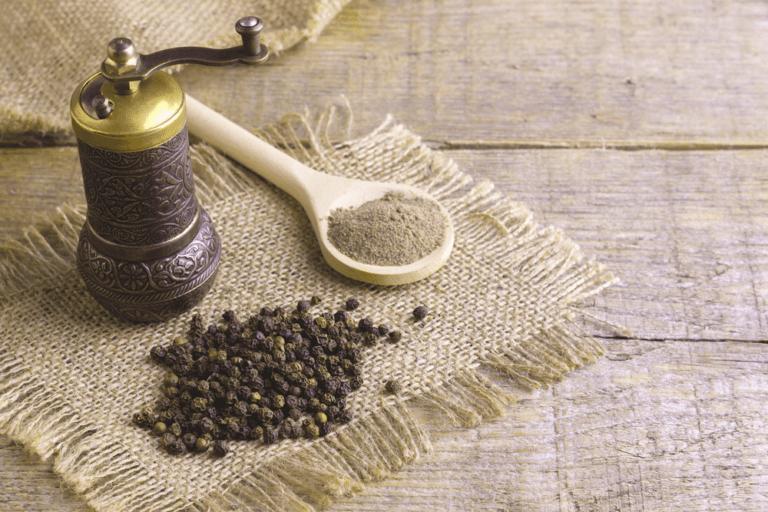 فوائد الفلفل الأسود للبشرة والشعر والصحة