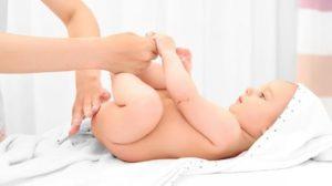 علاج تسلخات الاطفال