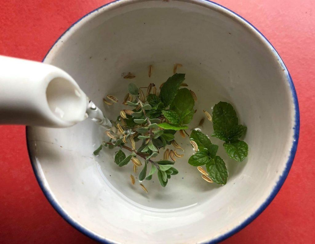 علاج نزلات البرد عند الأطفال بالأعشاب