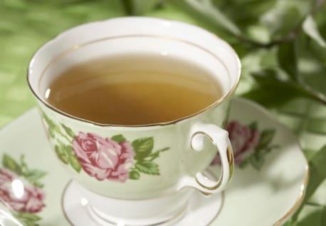 هل يمكن شرب الشاي الأخضر أثناء الحمل