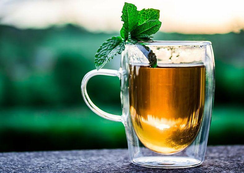 شاي اوراق فوائد الاسكدنيا