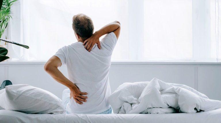 ما هي أسباب واعراض التهاب الاعصاب في الظهر