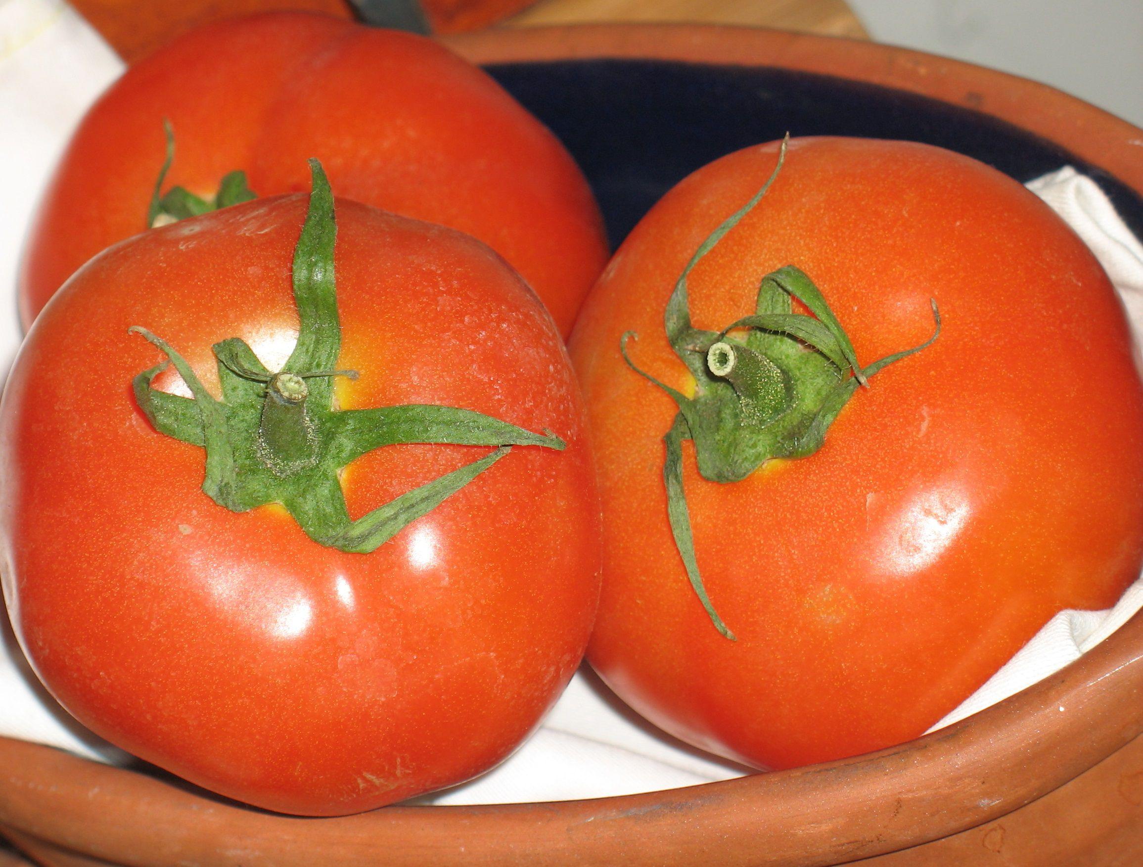 تبيض الوجه بالطماطم