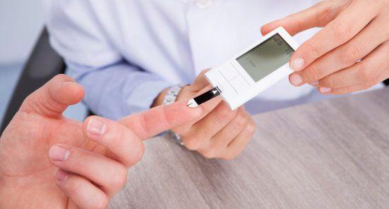 طرق لمعرفة نسبة السكر الطبيعية