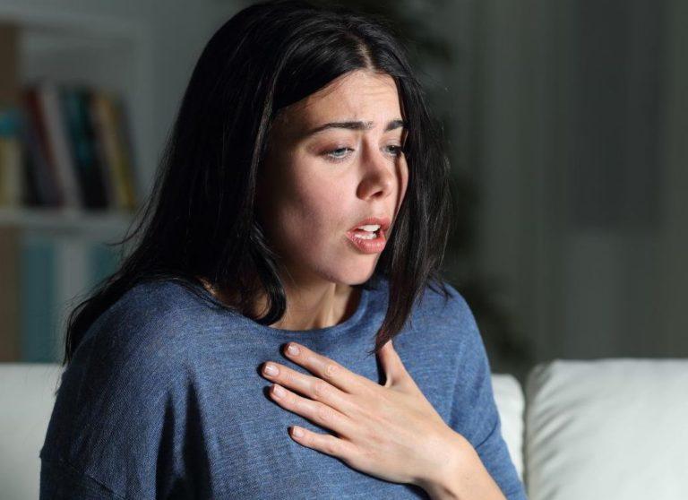 اسباب ضيق التنفس المزمن والحاد والاعراض