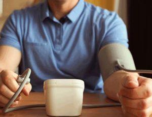ما يجب ان تعرفه عن اعراض مرض الضغط والسكر