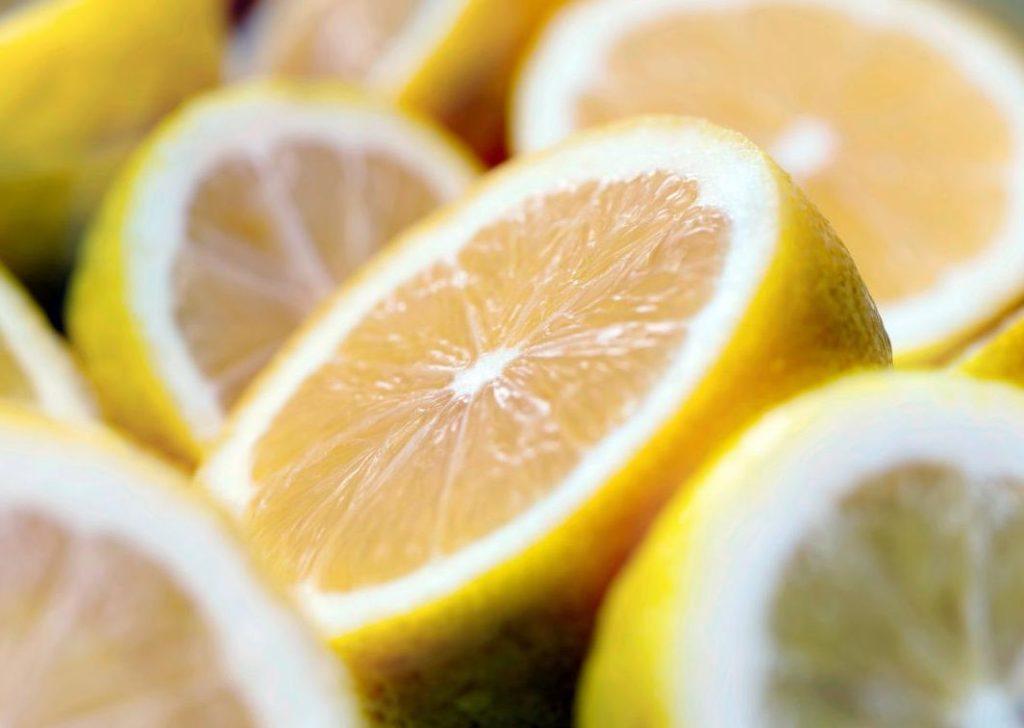 تعرف علي فوائد الليمون