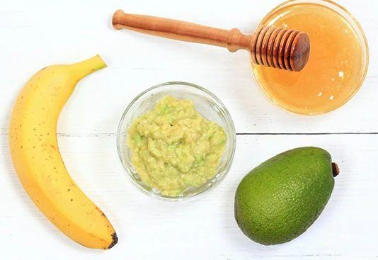 ماسك الموز والافوكادو للبشرة