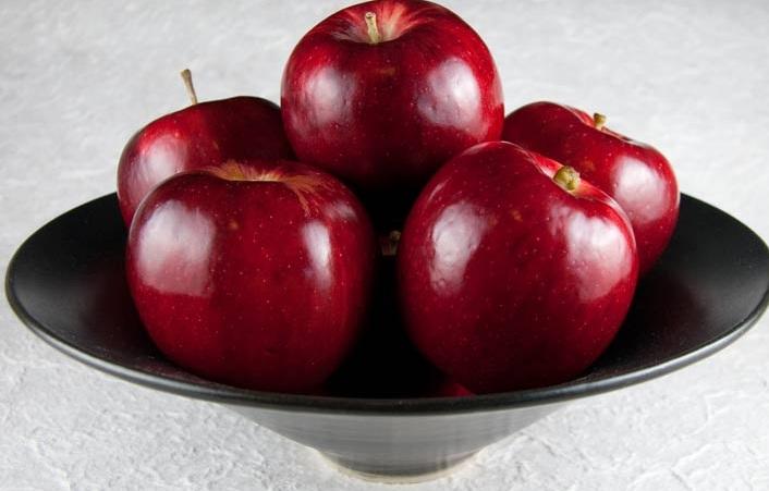 القيمة الغذائية في فوائد التفاح