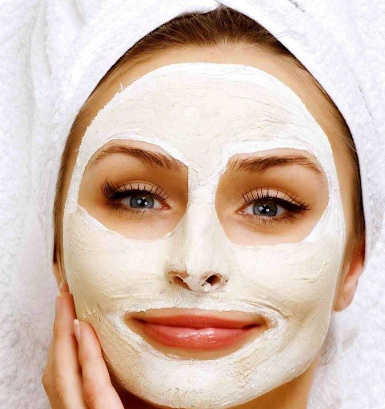 طريقة تحضير ماسك النشا لتفتيح البشرة بـ 6 طرق مختلفة