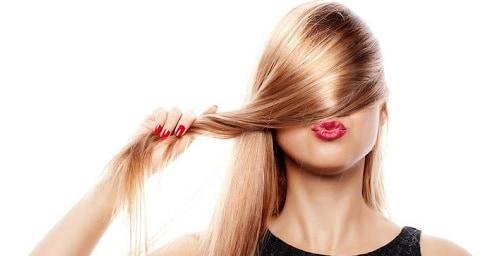 وصفات تكثيف الشعر بمكونات طبيعية سهل تحضيرها في المنزل